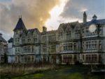 Abandoned Psychiatric Hospital Escape